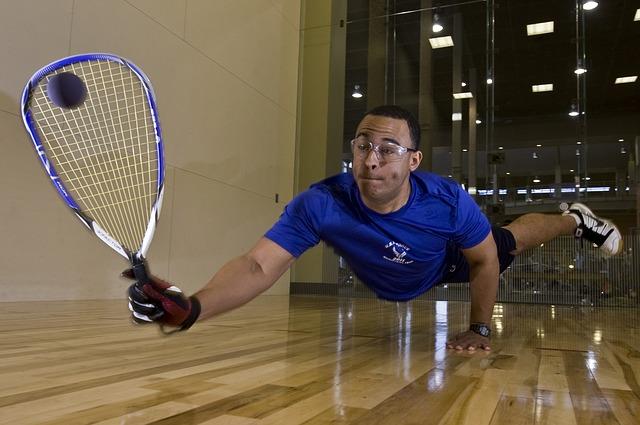 racquetball-89823_640
